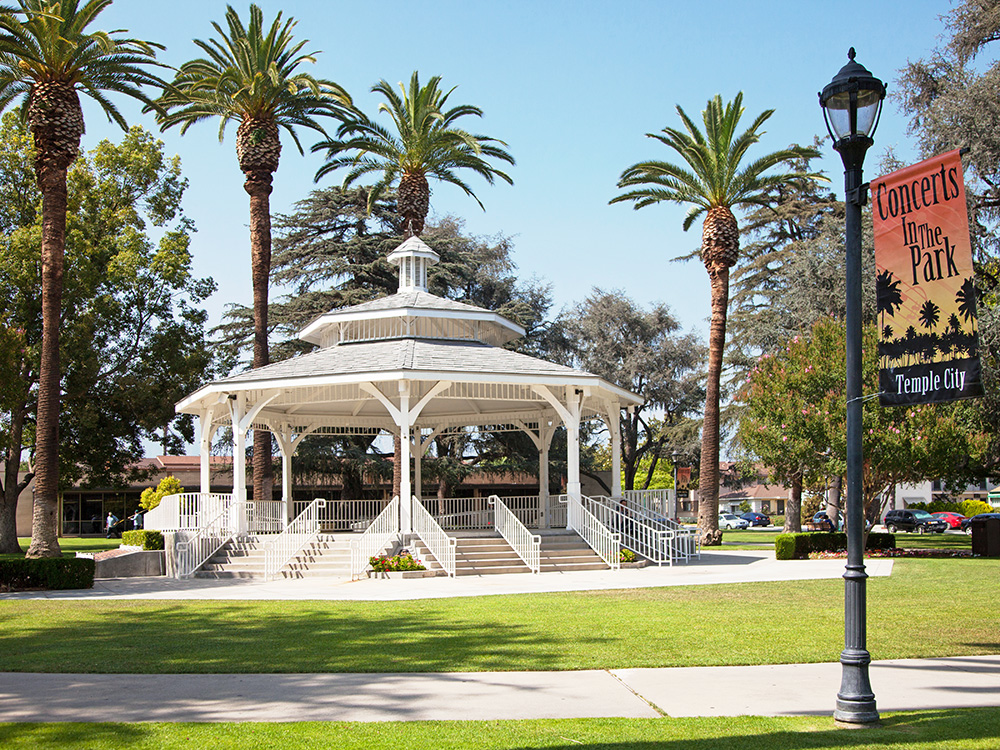White-Gazebo-at-Live-Oak-Park-Temple-City-CMF-3515